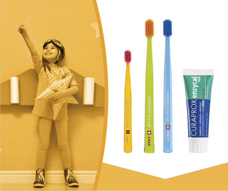 BRUSH FAMILY KIDS CURAPROX